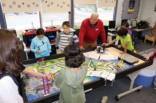 Latimer Lane Students Work Together to Engineer a Better World